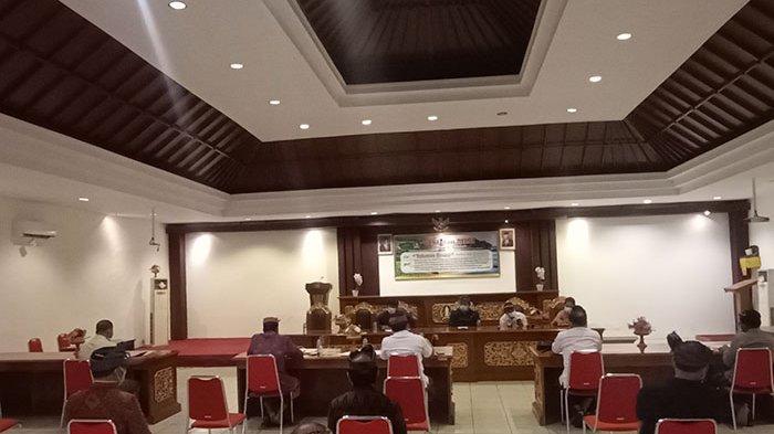 DPRD Tabanan dan Satgas Covid-19 Gelar Rapat Evaluasi Pelaksanaan PPKM, 4 Poin Ini Jadi Sorotan