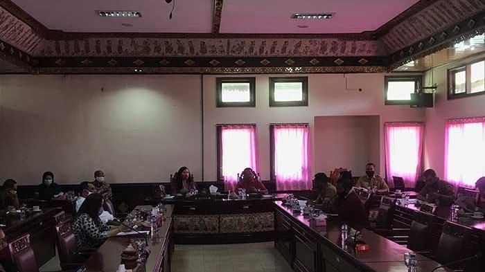 15 Sekolah di Tabanan Siap Terapkan PPDB Online, Dewan Ingatkan Jangan Mainkan Kuota Afirmasi