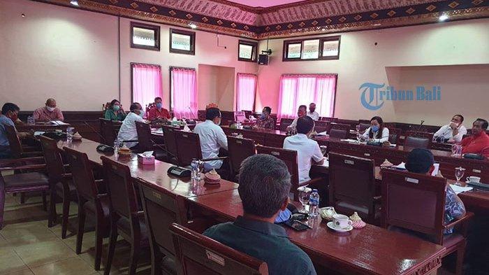 Tabanan Waspadai Transmisi Lokal Covid-19, Komisi Gabungan di Dewan Kembali Bahas Hak Tenaga Medis