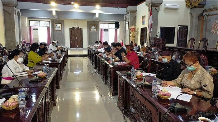 Pembahasan RAPBD 2021,Dua Fraksi DPRD Tabanan Tolak Poin Belanja Hibah & Penyertaan Modal ke Perusda
