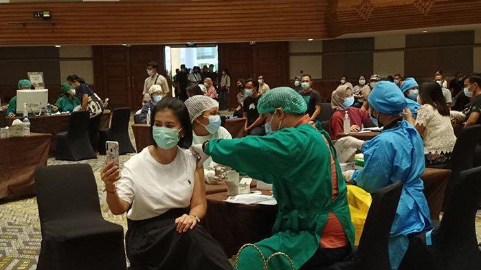 8.671 Pekerja Pariwisata di Kawasan The Nusa Dua Bali Mulai Jalani Vaksinasi Covid-19 Tahap Kedua