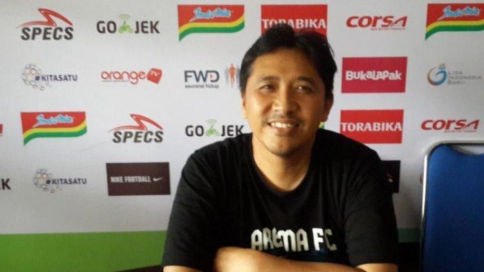 Arema FC Bereaksi Atas Keluhan Robert Rene Alberts, Ini Penjelasan Manajemen Singo Edan