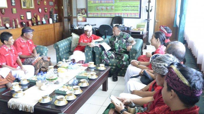 Sambut Perayaan Imlek, Pengurus INTI Bali Beraudiensi ke Korem 163 Wira Satya