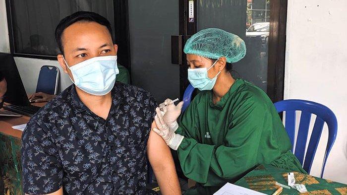 KOMPLIT! Support Pemerintah, BPR lestari Tuntaskan Vaksin untuk Seluruh Karyawan