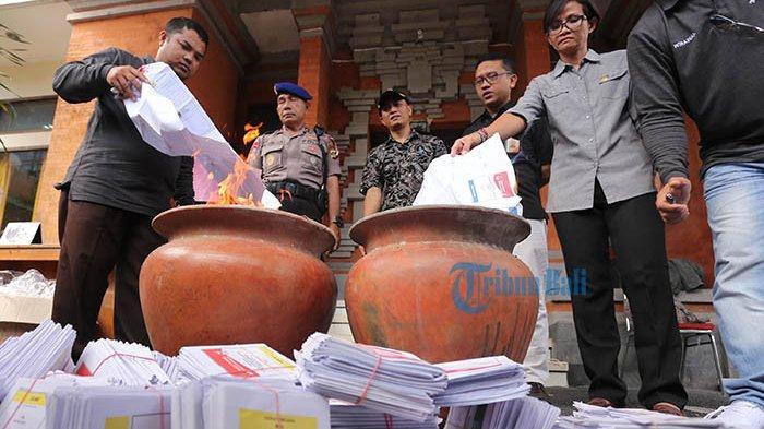 Laporan Dugaan Money Politic di Jembrana Jelang Coblosan,Satu Suara Dihargai Rp 400 Ribu