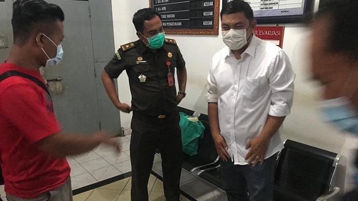 Buronan Terakhir Kejari Gianyar Kasus Pemalsuan Surat Jual Beli Saham Menyerahkan Diri