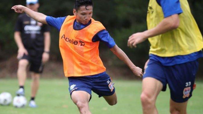 Klub Syahrian Abimanyu, Newcastle Jets dalam Situasi Terpuruk di A-League