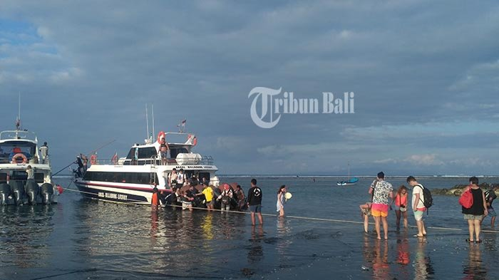 Penyeberangan Fastboat dari Pelabuhan Padang Bai ke Gili Trawangan Buka Tutup