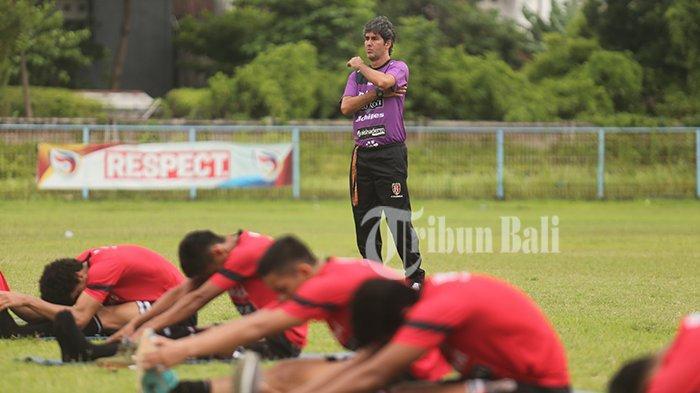 Pelatih Bali United Sebut Indonesia Kalah Jauh dari Malaysia dan Thailand Soal Fasilitas