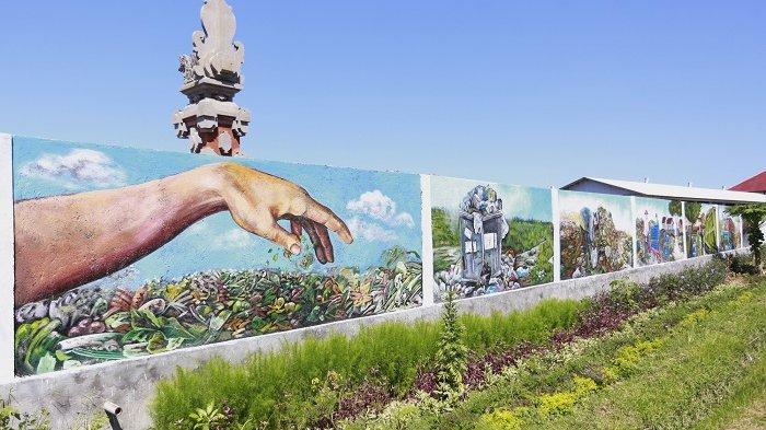 Edukasi Masyarakat, Mural tentang Pengelolaan Sampah Terlukis di Tembok TOSS Centre Klungkung