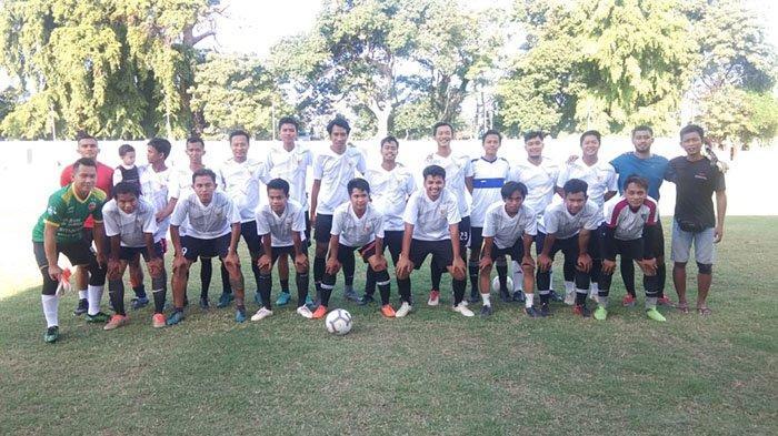 Dewata United Menang Besar Hadapi Bali Mania FC di Lapangan Sidakarya