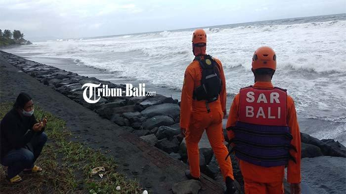 Pencarian Made Sadra yang Terseret Ombak di Pantai Pering Dihentikan