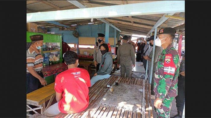 Petugas Gabungan Gelar Operasi Yustisi Sasar Sektor Non Esensial di Wilayah Kota Denpasar