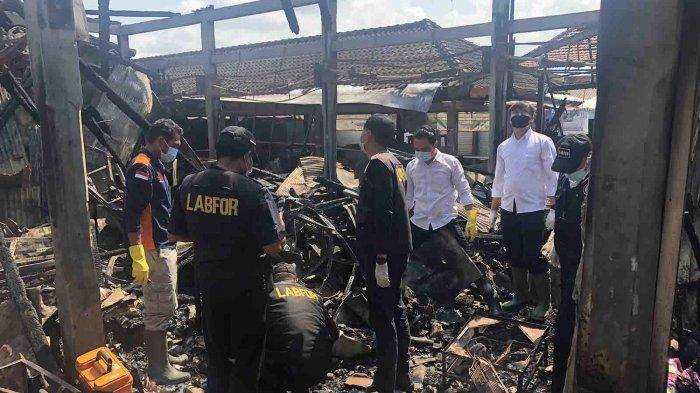TERKINI - Labfor Polda Bali Lakukan Olah TKP, Ungkap Penyebab Kebakaran Pasar Lelateng Jembrana Bali