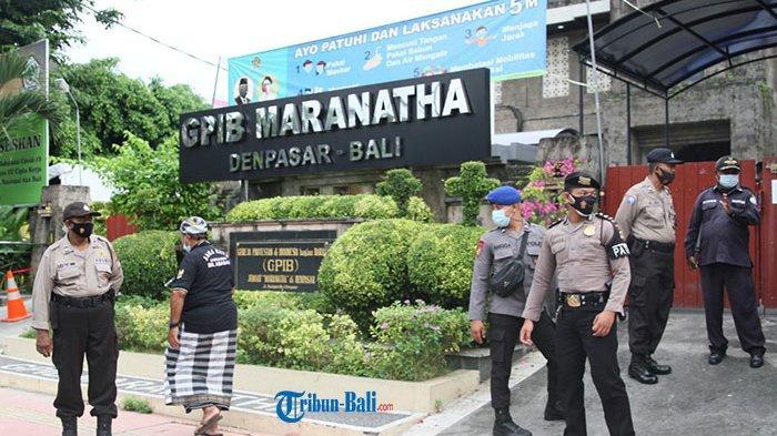 Tim Pemburu Pelanggar Prokes Tinjau Pelaksanaan Ibadah di Gereja Maranatha Saat Tri Hari Suci