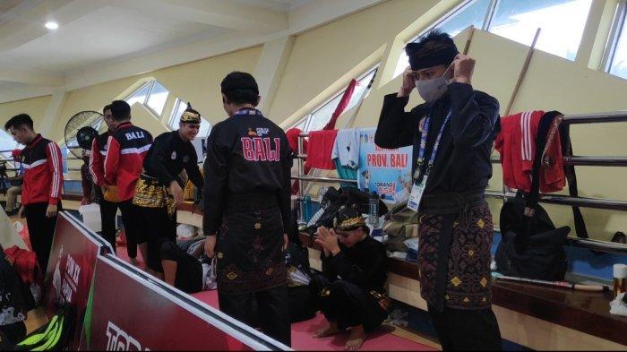 Tradisi Emas Nomor Seni TGR Pencak Silat Bali Terhenti di PON XX Papua