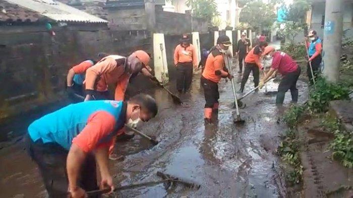 Perumahan di Desa Pesinggahan Terendam Banjir dan Lumpur, Bupati Klungkung Duga Penyebabnya Ini