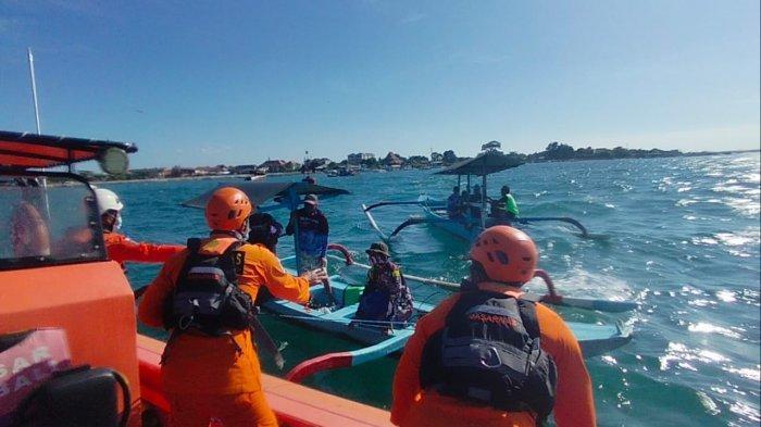 Jukung Mati Mesin di Perairan Pantai Geger Nusa Dua, 3 Orang Nelayan Berhasil Diselamatkan Tim SAR