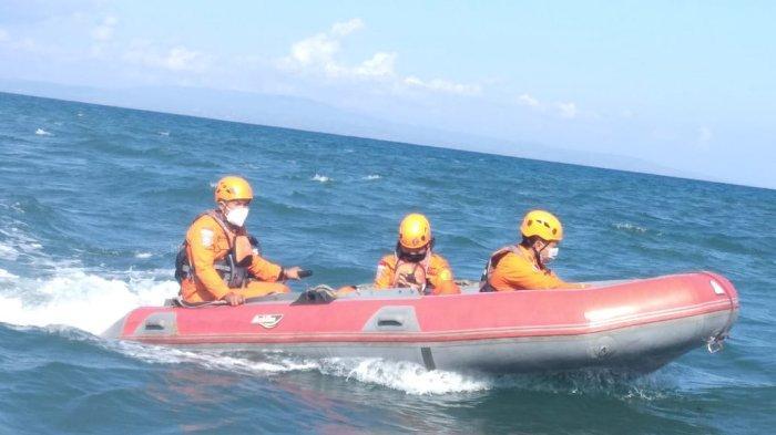 Made Sadra Terseret Arus Saat Berenang di Pantai Pering, Tim SAR Gabungan Lakukan Pencarian