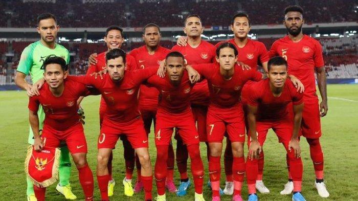 Benang Kusut Sepak Bola Indonesia, Keluhan McMenemy hingga Keanehan Jadwal Piala Presiden