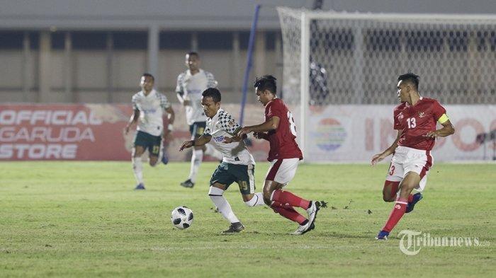 Timnas Indonesia U-23 asuhan Shin Tae-yong melakukan laga uji coba dengan klub Liga 1 Persikabo 1973 di Stadion Madya, Senayan, Jakarta Pusat, Jumat (5/3/2021) malam. Timnas U-23 yang dipersiapkan untuk SEA Games XXXI Hanoi, Vietnam, bulan Juli 2021 mendatang berhasil menang 2-0.