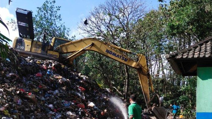 Setiap Harinya TPA Mandung 'Dikunjungi' Sampah Sampai 90 Ton, DLH Tabanan Merasa Sangat Kewalahan