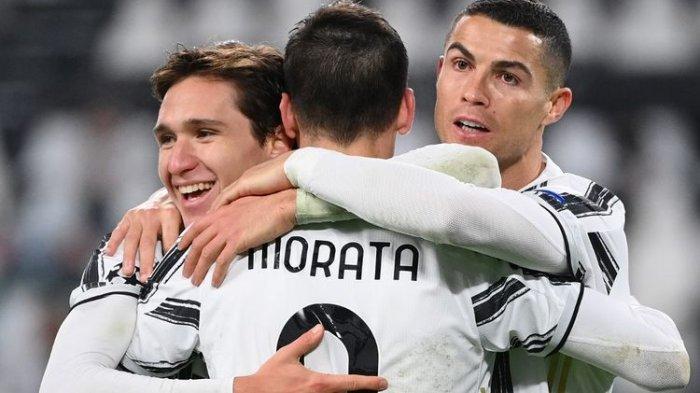 Trio Juventus Cristiano Ronaldo, Alvaro Morata, dan Federico Chiesa di lini depan pada laga Grup G Liga Champions kontra Dynamo Kiev di Juventus, Stadium, Turin pada Kamis, 3 Desember 2020 dini hari WIB.