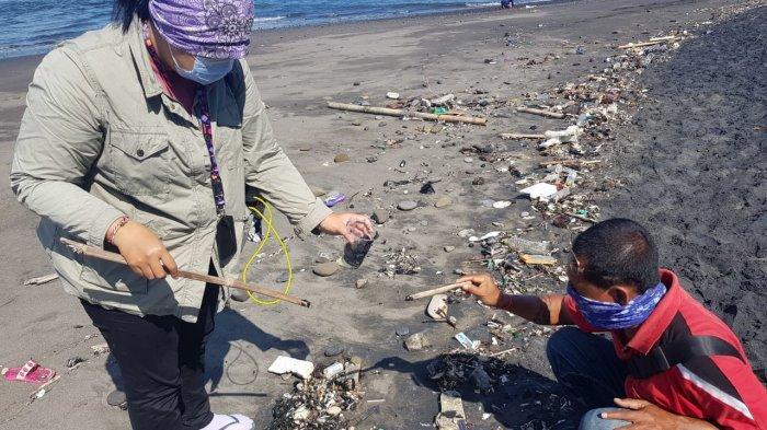 Temukan Tumpahan Minyak di Sepanjang Pantai Saba Gianyar, KKP Ambil Langkah Preventif