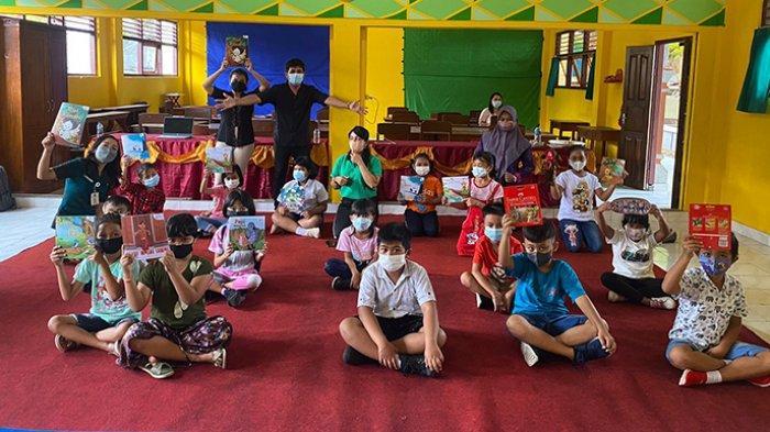 Bali Muda Foundation Terbitkan 5 Buku Cerita Anak, Diujicobakan di SDN 2 Semarapura Kelod Kangin