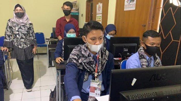Pemkab Banyuwangi Fasilitasi Uji Kompetensi Gratis untuk Anak Muda, Ada Komputer & Bahasa Inggris