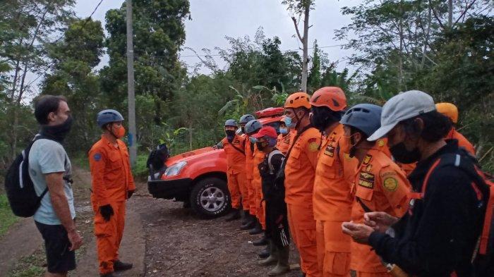 Akhirnya Tim SAR Temukan WNA Rusia yang Sempat Tersesat di Gunung Sanghyang Tabanan