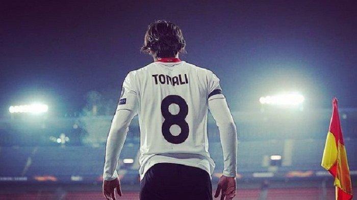 Update Bursa Transfer Liga Italia: AC Milan Ambil Opsi Permanenkan Tonali, Donnarumma Penuh Drama?