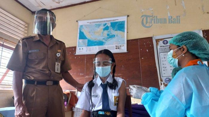 Vaksinasi Covid-19 Untuk Anak di Klungkung, Diah Ingin Segera Belajar ke Sekolah