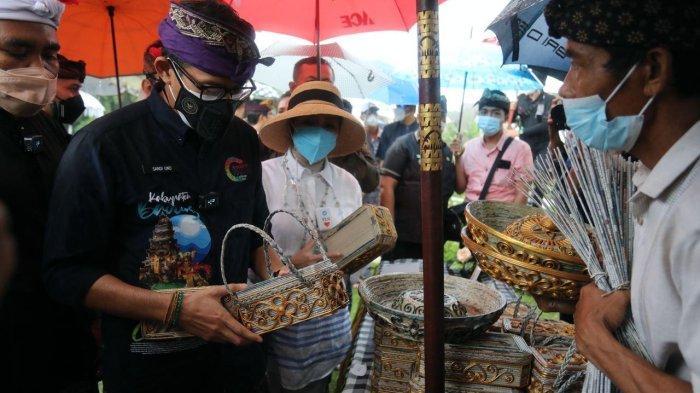 visitasi 50 desa Anugerah Desa Wisata Indonesia (ADWI) 2021 di Desa Wisata Carangsari, Badung, Bali, Sabtu (25/9/2021)