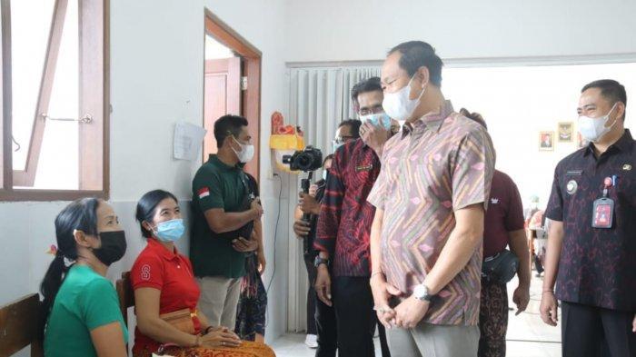 Vaksinasi di Badung Bergerak ke Mengwi, Wabup Ingatkan Pentingnya Vaksinasi Untuk Kesehatan