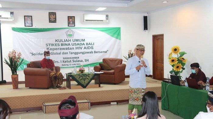 Jadi Narasumber di Stikes Bina Guna Usada Bali, Wabup Suiasa Ajak Serius Tangani HIV/Aids