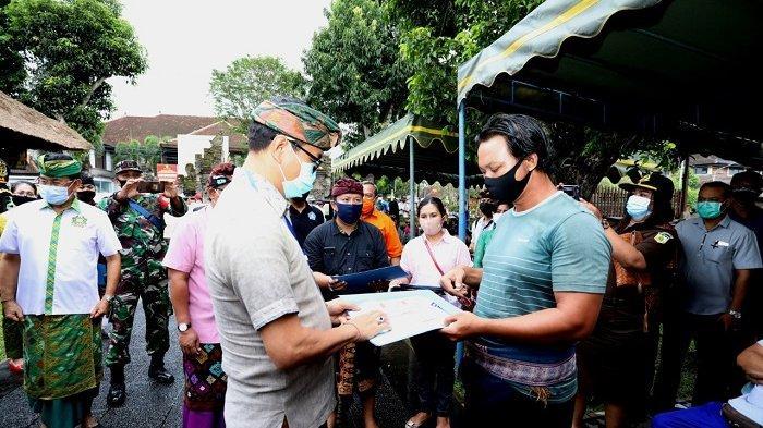 Pastikan Bantuan Tepat Sasaran, Badung Monitoring Penyaluran BST di Desa Mengwi