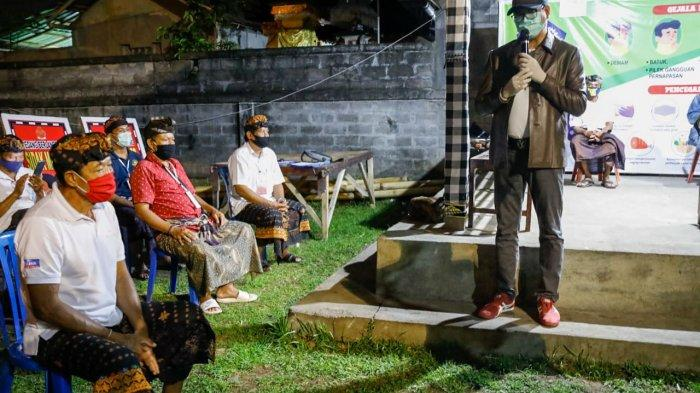 Wabup Suiasa Kunjungi Posko Pencegahan Penanggulangan Covid-19 di Mengwi Badung