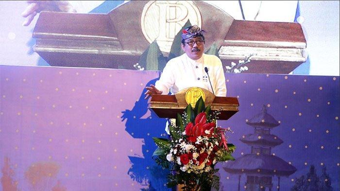 Wakil Gubernur Bali, Tjokorda Oka Artha Ardhana Sukawati (Cok Ace).