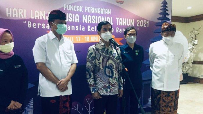 Angka Vaksinasi Covid-19 Lansia Tembus 93 Persen di Bali, Wamenkes Berikan Penghargaan