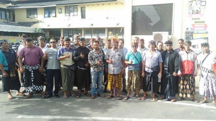 Terkait Penghentian Proyek Gudang Mikol, Warga dan Kelian Adat Kepaon Datangi Polresta Denpasar