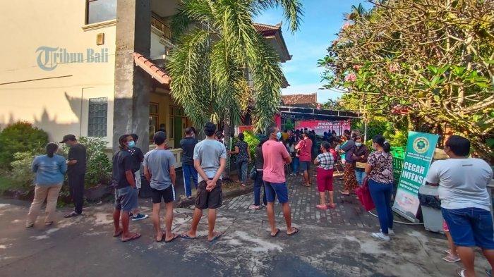 Tabanan Optimistis Vaksinasi Tuntas 10 Juli, Desa Buat Tim Saber Sisir Warga Tercecer