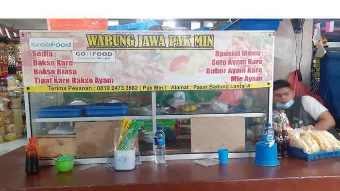 Warung Jawa Pak Min bisa di temukan di lantai 4 Pasar Badung