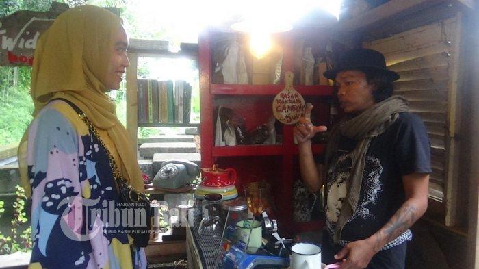 Ngopi Asyik Bersama Seniman Widi S Martodihardjo di Ubud Gianyar Bali