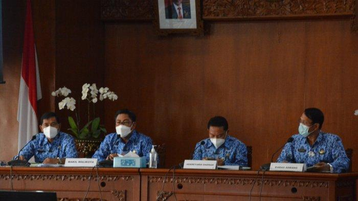 Pimpin Rakor, Wakil Wali Kota Denpasar Dorong Akselerasi Dengan Prinsip Kehati-Hatian