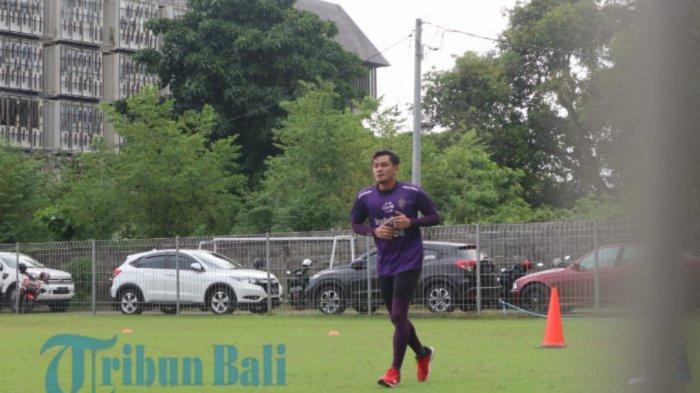 Penjaga Gawang Bali United Wawan Hendrawan Jadi Kiper Panutan Versi Raka Surya, Ini Alasannya