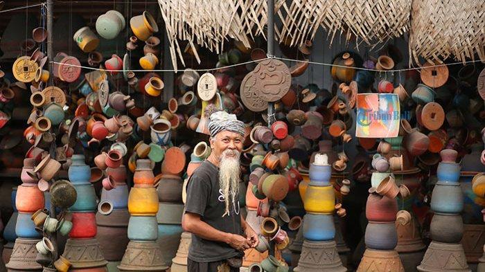 Pot Diubah Jadi Karya Seni Instalasi, Kreativitas Wayan Cemeng Dapat Apresiasi dari Banyak Wisatawan