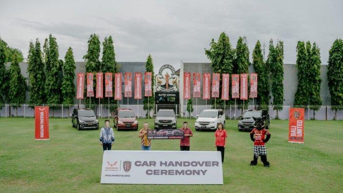 Bali United Terima Lima Mobil Wuling, Ini Kesan CEO Yabes Tanuri