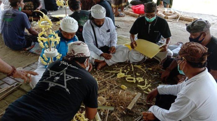 Lestarikan Warisan Leluhur, Yayasan Padukuhan Sri Candra Bhaerawa Belajar Buat Sate Renteng