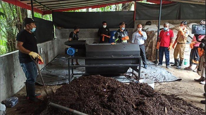 Sekelompok Pemuda 'Yellow Garden Organik' di Abiansemal Badung Olah Sampah Jadi Pupuk dan BBM